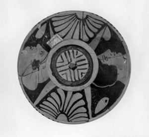 Image of South Italian Red-Figure Lid